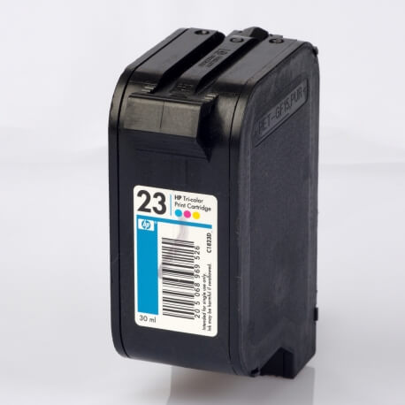 Auf dem Bild sehen Sie den Artikel C1823D/G von Hewlett-Packard. Dieses Tintenpatrone Modell eignet sich für die Wiederaufbereitung und wird daher zum Recycling angekauft.