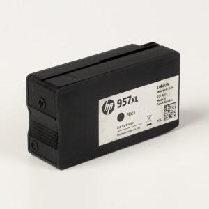 Auf dem Bild sehen Sie den Artikel L0R40AE von Hewlett-Packard. Dieses Tintenpatrone Modell eignet sich für die Wiederaufbereitung und wird daher zum Recycling angekauft.