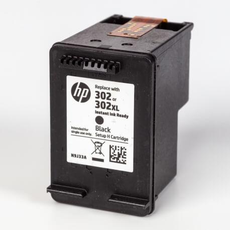 Auf dem Bild sehen Sie den ArtikelN9J33AE Instant von Hewlett-Packard. Dieses Tintenpatrone Modell eignet sich für die Wiederaufbereitung und wird daher zum Recycling angekauft.