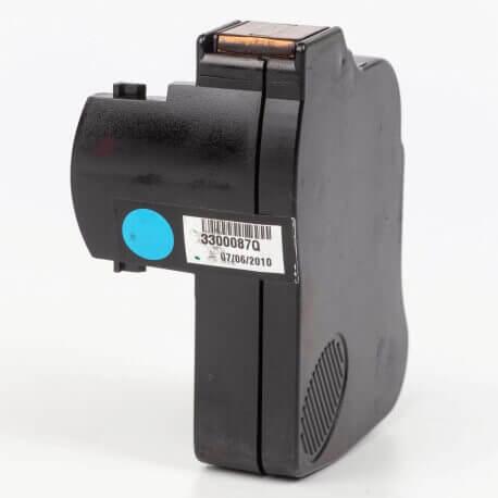 Auf dem Bild sehen Sie den Artikel3300087Q von Neopost. Dieses Tintenpatrone Modell eignet sich für die Wiederaufbereitung und wird daher zum Recycling angekauft.