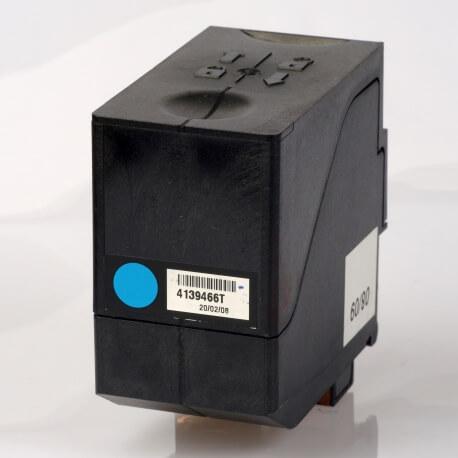 Auf dem Bild sehen Sie den Artikel4139466T von Neopost. Dieses Tintenpatrone Modell eignet sich für die Wiederaufbereitung und wird daher zum Recycling angekauft.