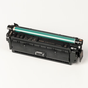 Canon made the Toner type Cartridge 040H