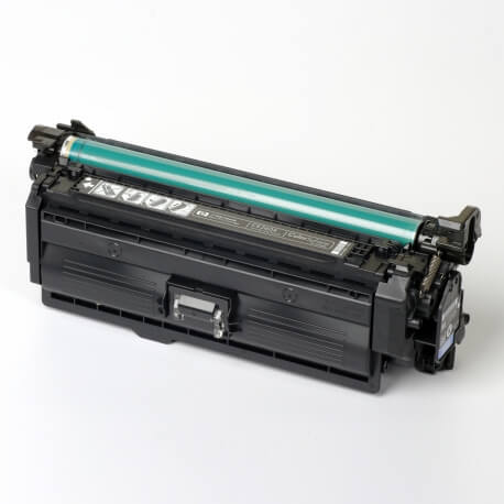 Hewlett-Packard made the Toner type CE260X