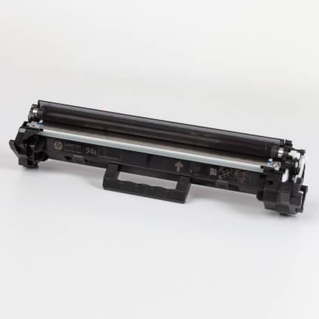 Auf dem Bild sehen Sie den ArtikelCF294A von Hewlett-Packard. Dieses Toner Modell eignet sich für die Wiederaufbereitung und wird daher zum Recycling angekauft.