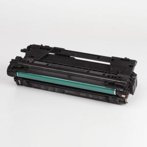 Auf dem Bild sehen Sie den Artikel CF460X-63X von Hewlett-Packard. Dieses Toner Modell eignet sich für die Wiederaufbereitung und wird daher zum Recycling angekauft.