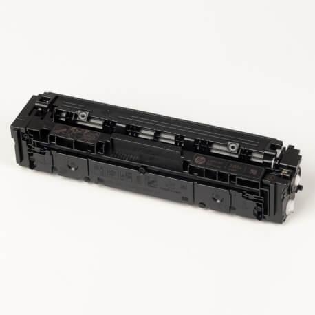 Auf dem Bild sehen Sie den ArtikelCF530A-33A von Hewlett-Packard. Dieses Toner Modell eignet sich für die Wiederaufbereitung und wird daher zum Recycling angekauft.