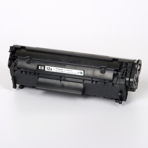 Hewlett-Packard made the Toner type Q2612A