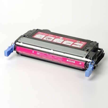 Auf dem Bild sehen Sie den ArtikelQ6460A-63A von Hewlett-Packard. Dieses Toner Modell eignet sich für die Wiederaufbereitung und wird daher zum Recycling angekauft.