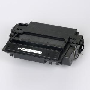 Auf dem Bild sehen Sie den Artikel Q6511X von Hewlett-Packard. Dieses Toner Modell eignet sich für die Wiederaufbereitung und wird daher zum Recycling angekauft.