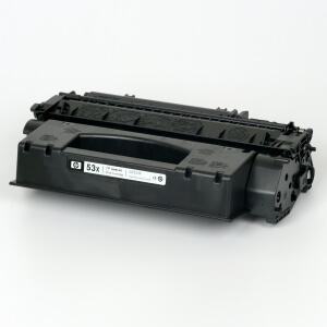 Auf dem Bild sehen Sie den Artikel Q7553X von Hewlett-Packard. Dieses Toner Modell eignet sich für die Wiederaufbereitung und wird daher zum Recycling angekauft.