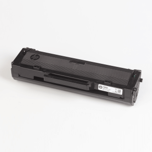 Hewlett-Packard made the Toner type W1106A