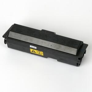 Auf dem Bild sehen Sie den Artikel TK-110 von Kyocera/Mita. Dieses Toner Modell eignet sich für die Wiederaufbereitung und wird daher zum Recycling angekauft.