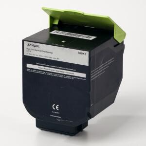 Auf dem Bild sehen Sie den Artikel80C20C0-2XY0 von Lexmark. Dieses Toner Modell eignet sich für die Wiederaufbereitung und wird daher zum Recycling angekauft.